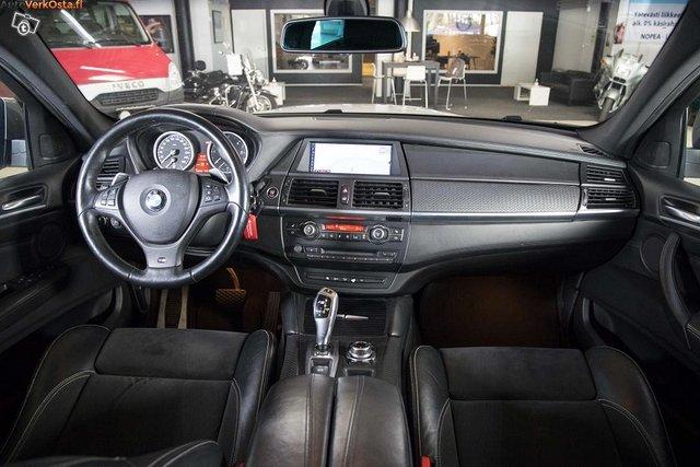 BMW X6 M50D 12