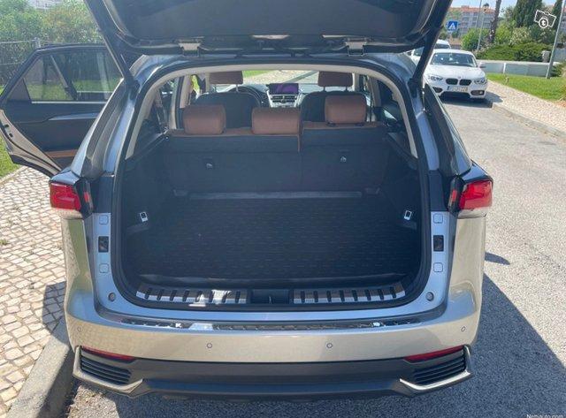 Lexus NX 5