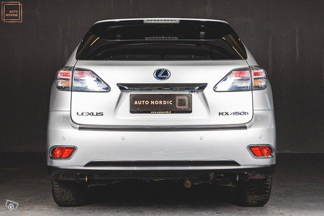 Lexus RX 6