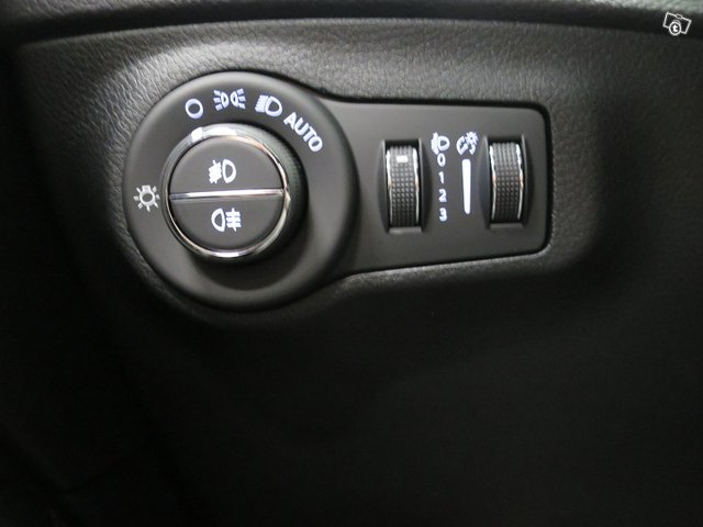 Jeep COMPASS 12