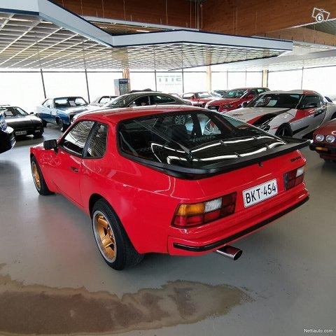 Porsche 944 4