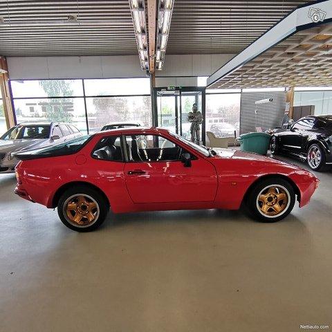 Porsche 944 5