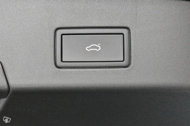 Volkswagen ID.4 16