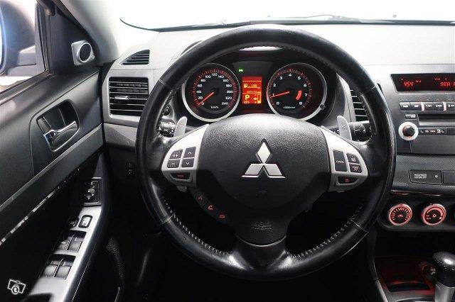 Mitsubishi Lancer 14