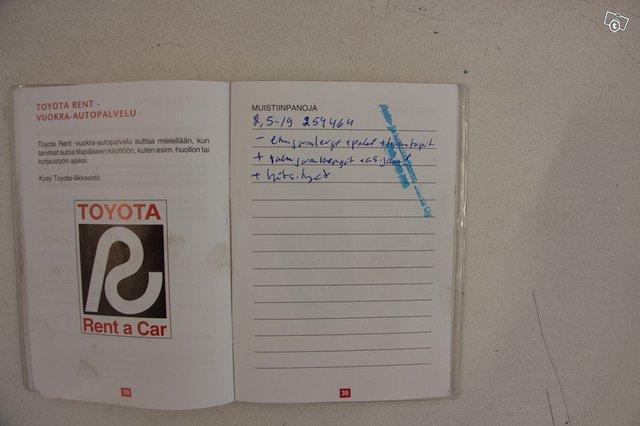 Toyota Hiace 13