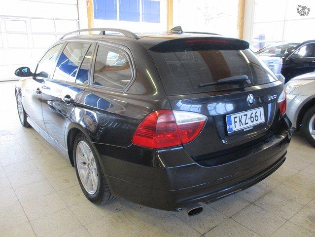 BMW 320i 3