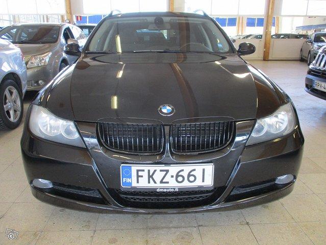BMW 320i 5