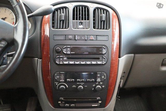 Chrysler Voyager 16