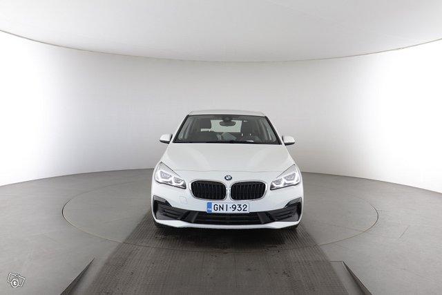 BMW 2-sarja 7