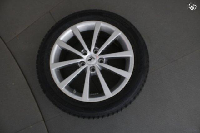 BMW 2-sarja 9