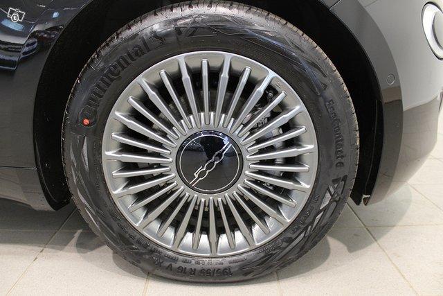 Fiat 500e 19