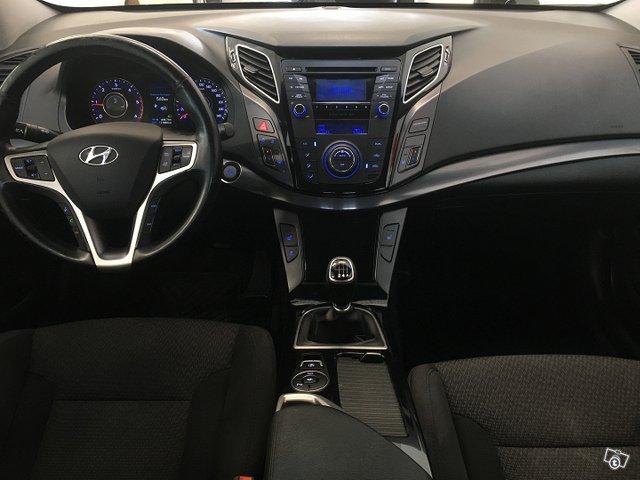 Hyundai I40 SEDAN 9