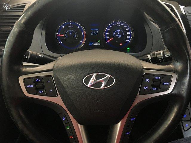 Hyundai I40 SEDAN 10