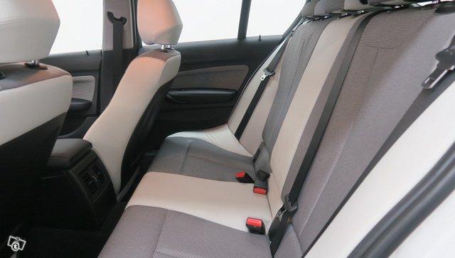 BMW 1-SARJA 23