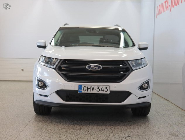Ford Edge 3