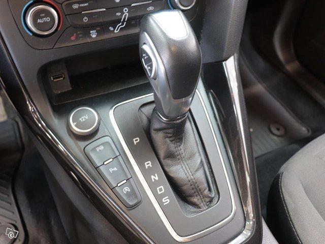 Ford Focus 13