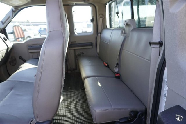 Ford F 250 8