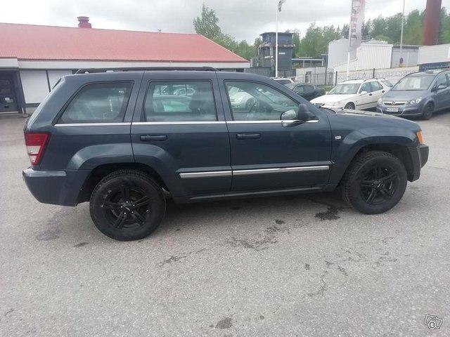 Jeep Grand Cherokee 9