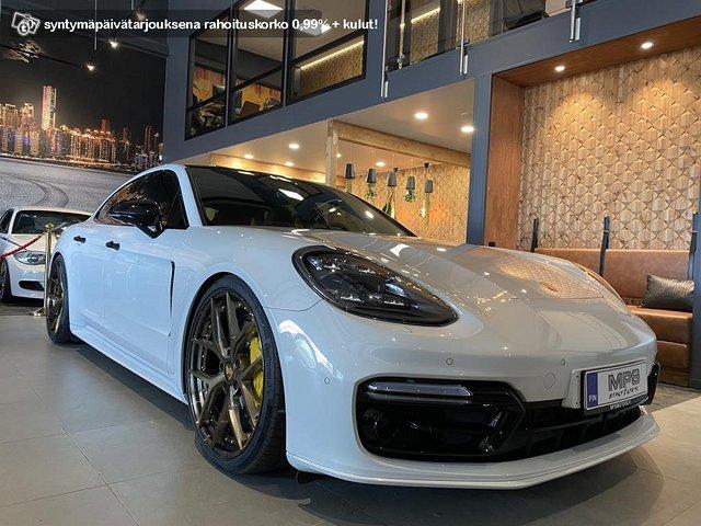 Porsche Panamera Turbo S E-Hybrid 1