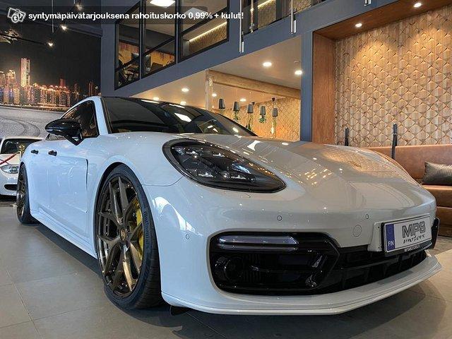 Porsche Panamera Turbo S E-Hybrid 4