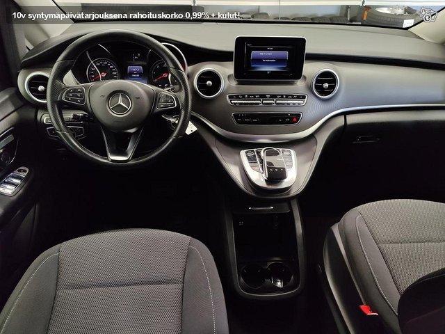 Mercedes-Benz V 8