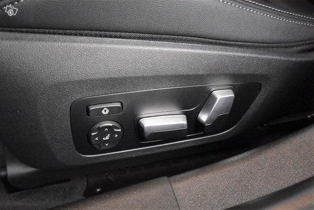 BMW 3-SARJA 24