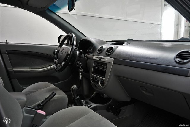 Chevrolet Nubira 6