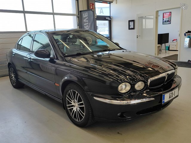Jaguar X-type 7