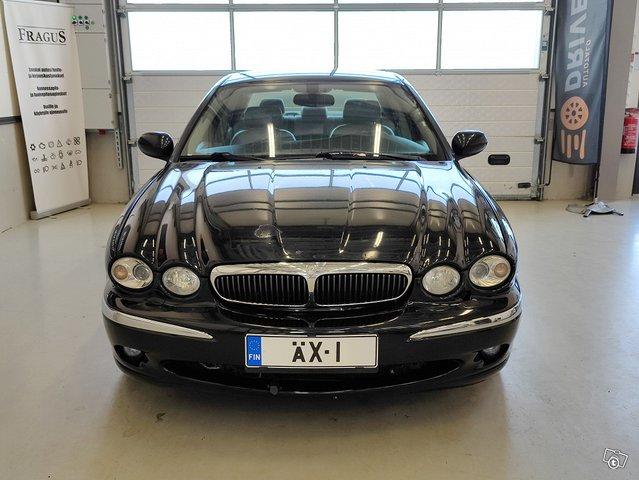 Jaguar X-type 8