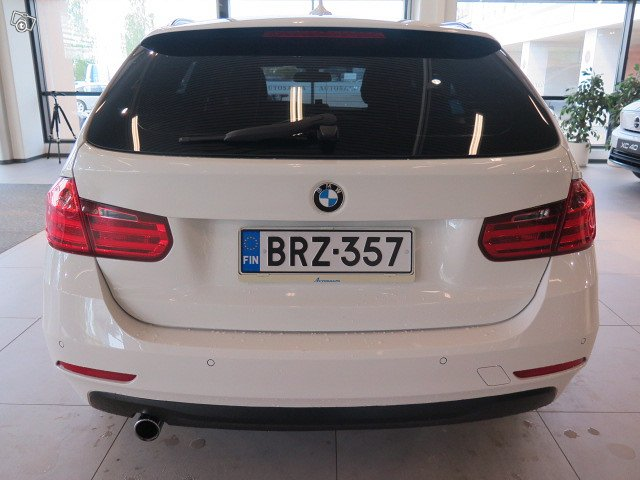 BMW 318 12