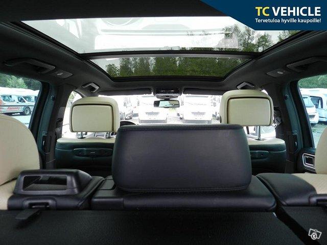 Volkswagen Touareg 13