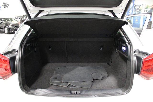 Audi Q2 19