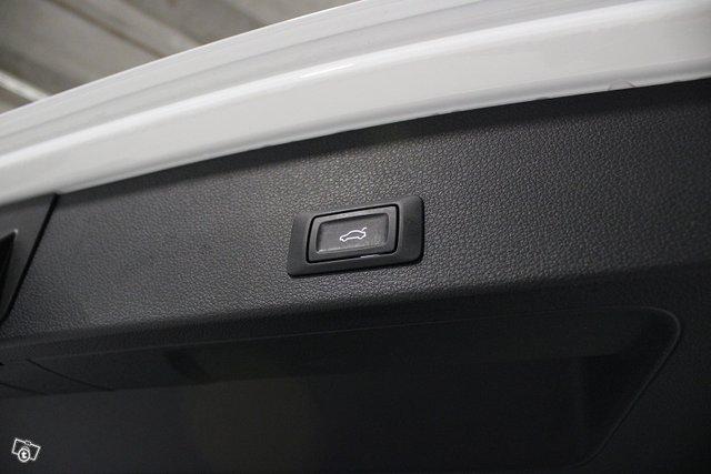 Audi Q2 21
