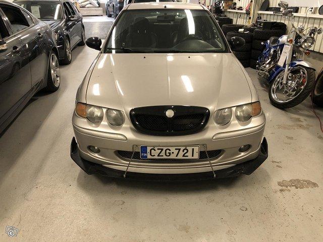 MG ZS 4
