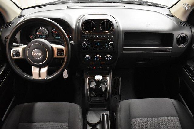 Jeep Compass 13