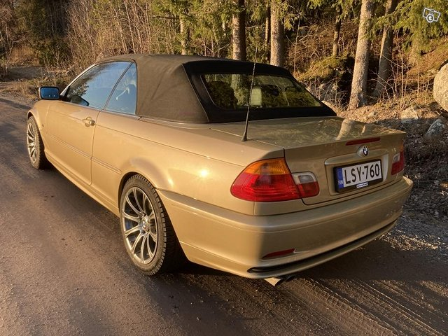 BMW 323 6