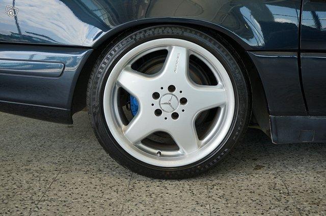 Mercedes-Benz SL 21