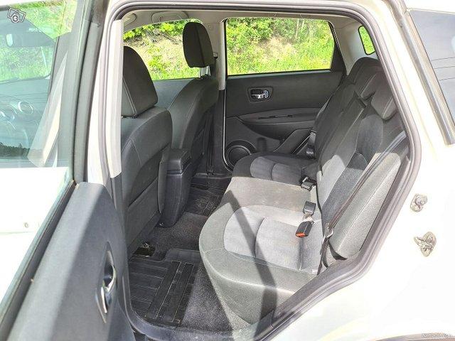 Nissan Qashqai 22