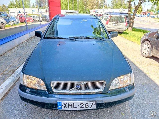 Volvo V40 7