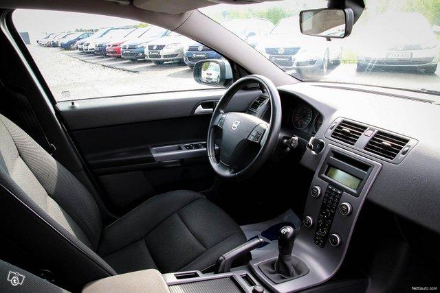 Volvo V50 23