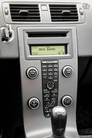Volvo V50 25