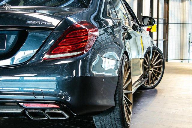 Mercedes-Benz S 63 AMG 3