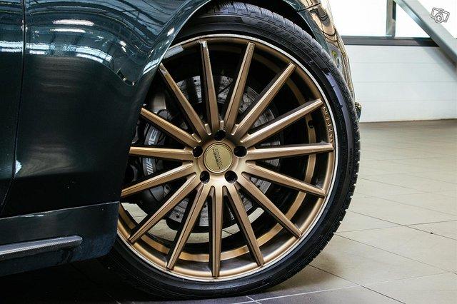 Mercedes-Benz S 63 AMG 4