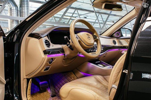 Mercedes-Benz S 63 AMG 6