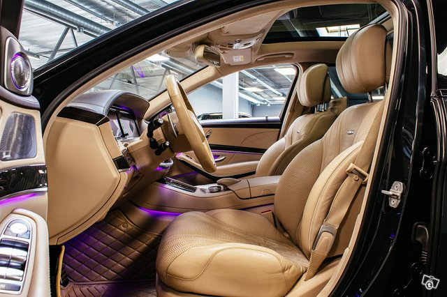 Mercedes-Benz S 63 AMG 7