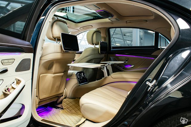 Mercedes-Benz S 63 AMG 9