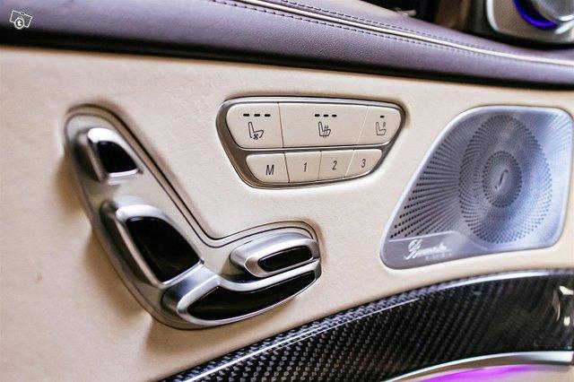 Mercedes-Benz S 63 AMG 25