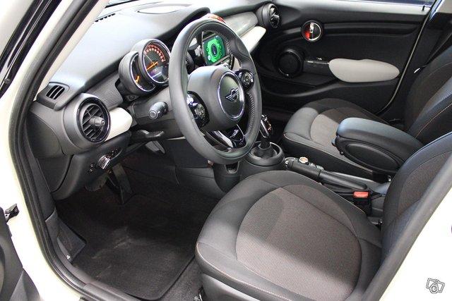 MINI Hatchback 5