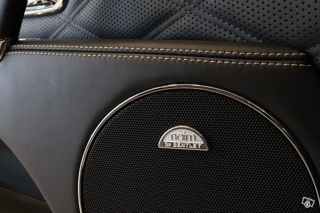 Bentley Flying Spur 17
