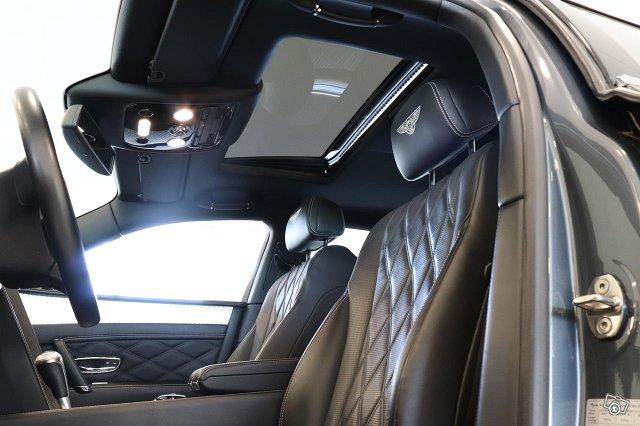 Bentley Flying Spur 21
